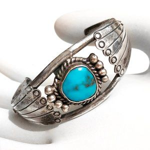 Vintage Signed HY Sterling Silver Turquoise Cuff
